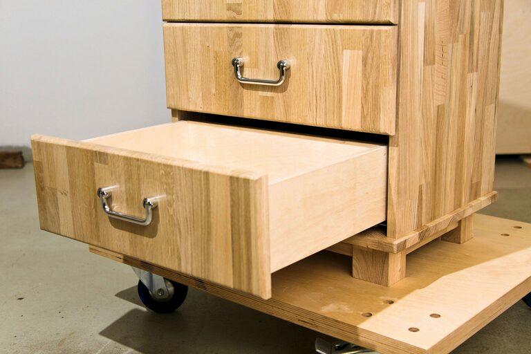 Schubladenschrank mit vier Schubladen selber bauen (Teil 2 von 5)