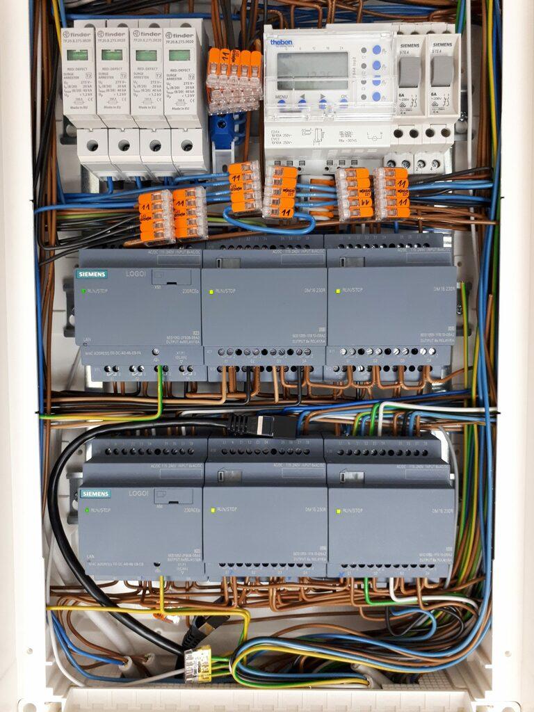 Siemens LOGO! 8 programmieren - Anwendungsbeispiele