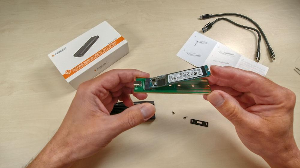 M.2 SSD in ein externes USB Gehäuse einbauen - Montage